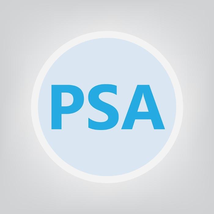 Scritta PSA in blu su sfondo azzurro
