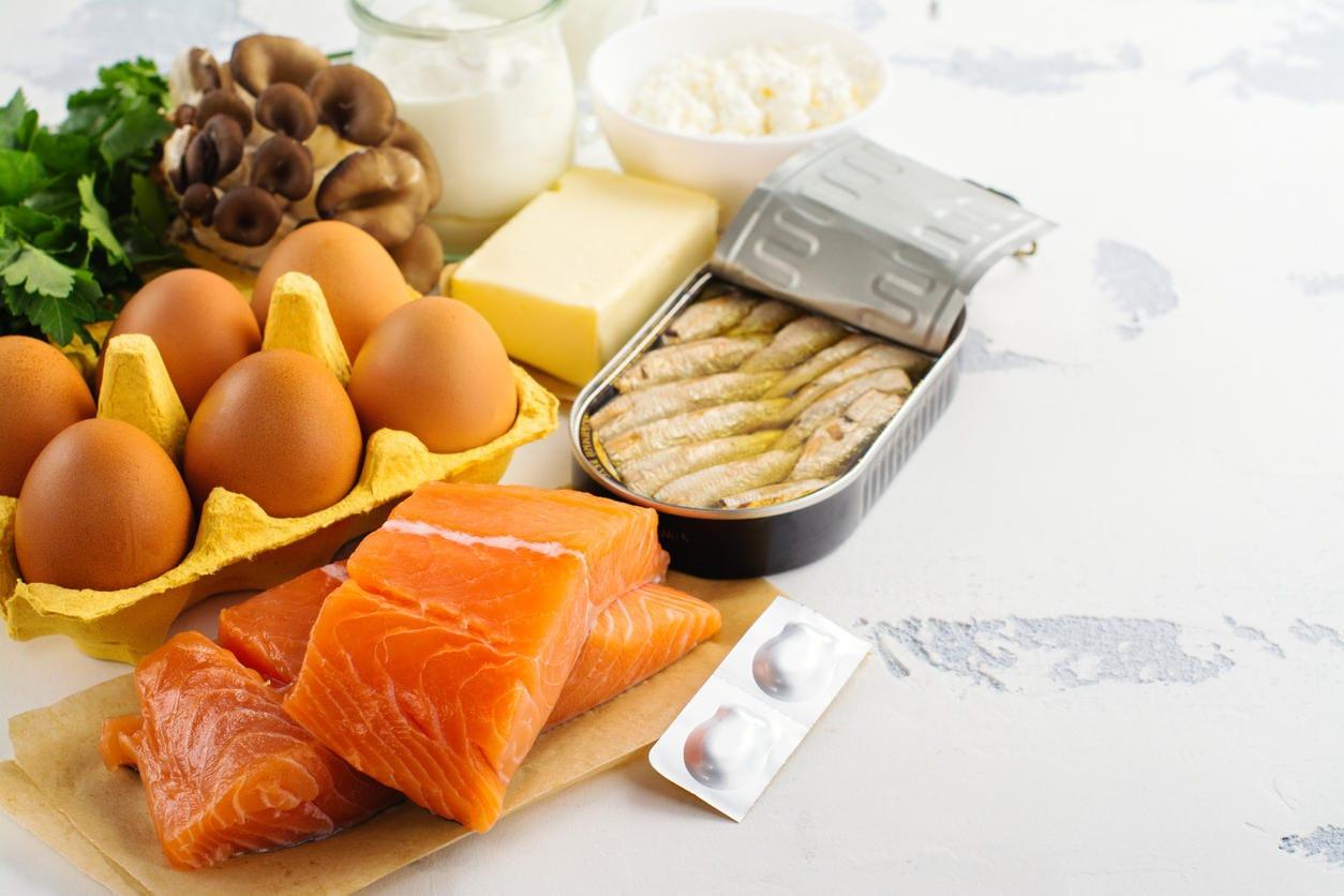Alimenti contenenti vitamina D (pesce azzurro, uova, latticini, funghi, ...)