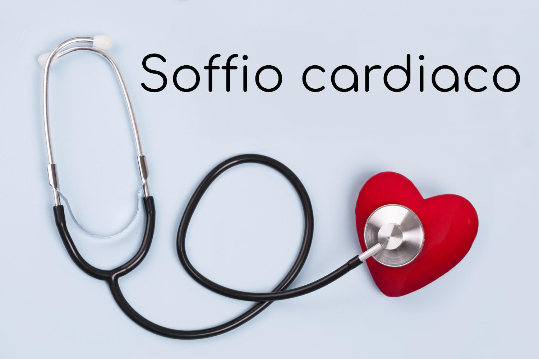 """Stetoscopio su sfondo azzurro, con la scritta """"soffio cardiaco"""""""