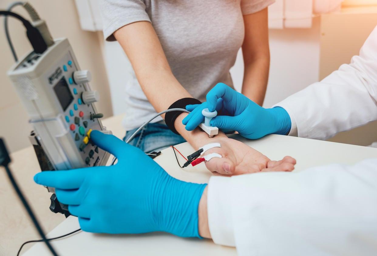 EMG su una mano